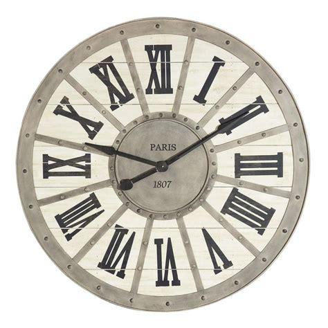 maison du monde ambiance scandinave ou charme tr 232 s grande horloge en m 233 tal d 92 cm 1807