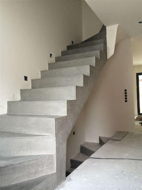 Treppe In Betonoptik by Betontreppe Beschichten Beton Cire Besser Bauen Stairs