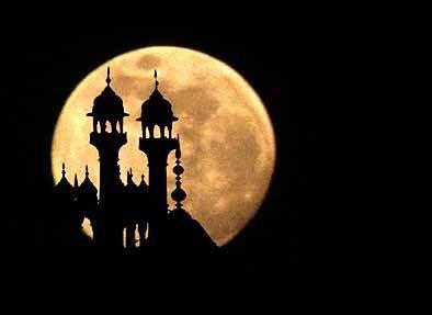 delhi moon  jama masjid mosque beautiful moon