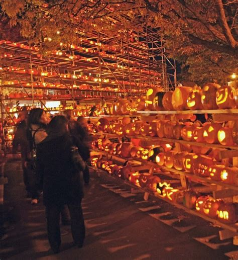 Pumpkin Festival Keene by Keene Nh Pumpkin Festival All Hallows Pinterest