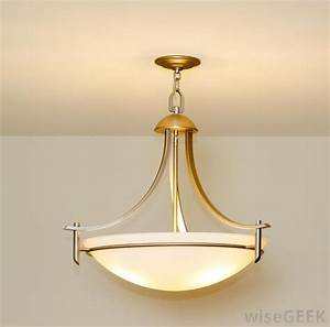 What are the different types of pendant foyer lighting