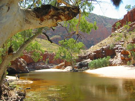 alice springs australia weather climate average travel whereandwhen