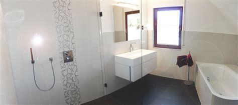 Bescheiden Schlafzimmer Modern Mit Badezimmer Fliesen Bad Dachschrge Dekoration Homeautodesign