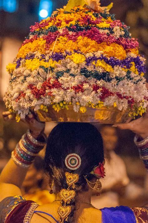 bathukamma festival telangana pictures