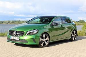 Mercedes Classe A 2014 : essai vid o mercedes classe a restyl e pop star ~ Medecine-chirurgie-esthetiques.com Avis de Voitures
