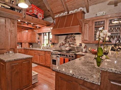 Replica of Jack Hanna's Montana Ranch, Kitchen | HGTV