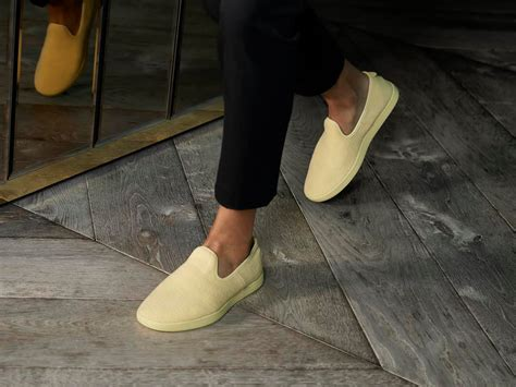 world s most comfortable shoes the company that made the world s most comfortable shoes