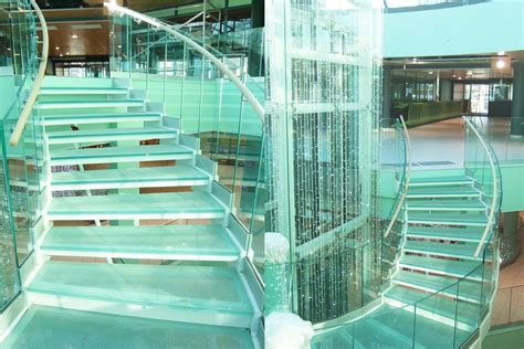 marches d escalier en verre feuillet 233 escalier tendance en verr righetti