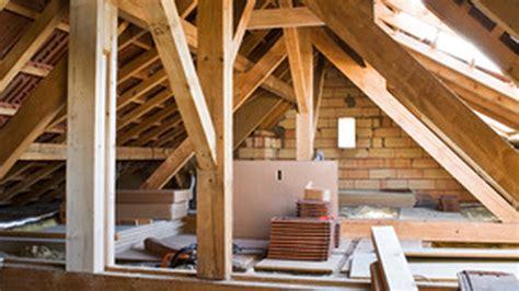isoler plafond du bruit isolation acoustique du plancher des combles