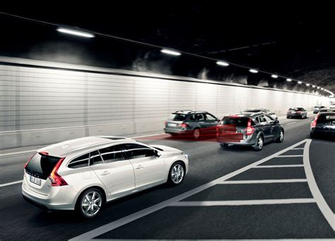 volvo group global volvo cars standard safety technology cuts accident