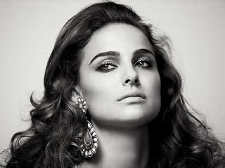 Natalie Portman Chanel