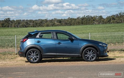 2017 Mazda Cx 3 Review by 2017 Mazda Cx 3 Stouring Awd Review Performancedrive
