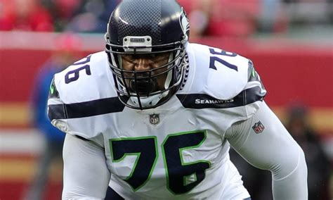 analysis seahawks hit home run  duane brown extension