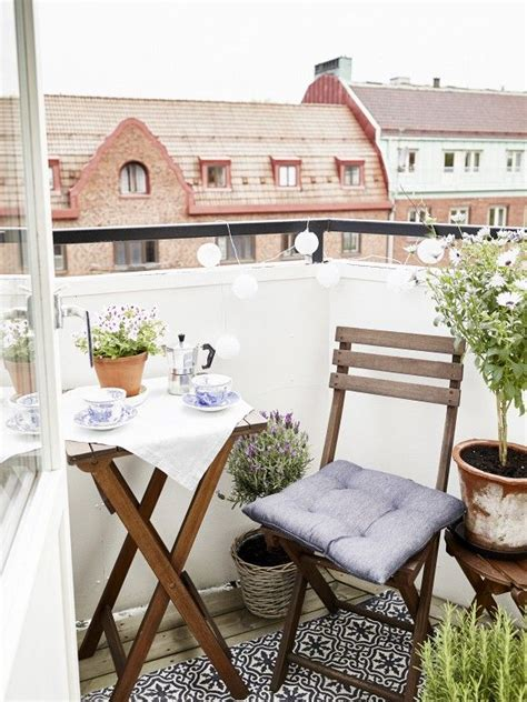 25 best ideas about small balconies on small
