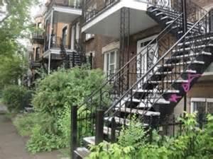 Escalier Colimacon Exterieur Montreal by Escaliers De Montr 233 Al Voyage 224 Travers Le Qu 233 Bec