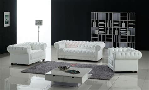 canap chesterfield cuir blanc un canapé chesterfield le chic et le confort à la maison