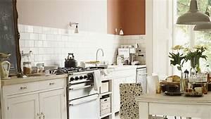 Peinture Spéciale Cuisine : peinture cuisine blanche cuisine rustique dulux valentine peintures de couleurs pour les ~ Melissatoandfro.com Idées de Décoration