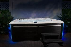 Large 9 Person Hot Tub