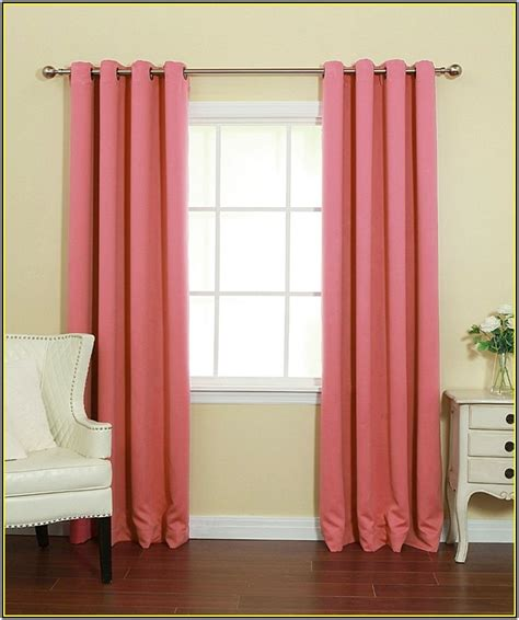 Blackout Curtain Liners Canada by Velvet Blackout Curtains Home Design Ideas