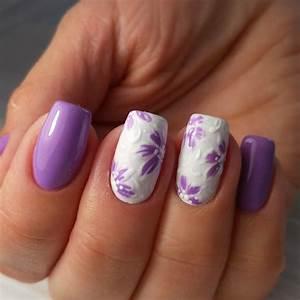 Nail Art Printemps 2018 : nail art facile et tendance 40 id es pour c l brer l 39 arriv e du printemps ~ Dode.kayakingforconservation.com Idées de Décoration