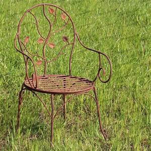 chaise a fleurs en fer forge mobilier de jardin With les jardins du fer forge