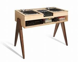 Meuble Pour Vinyle : meuble minimaliste en bois pour platine vinyle ~ Teatrodelosmanantiales.com Idées de Décoration