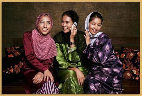 traditional costumes  ten southeast asian countries
