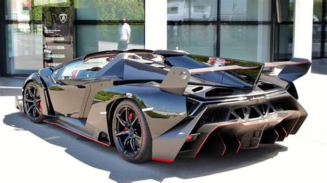 Lamborghini Veneno Roadster Looks Stunning In Black