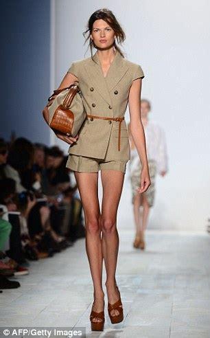 skinny models delevingne dunn declare love  junk