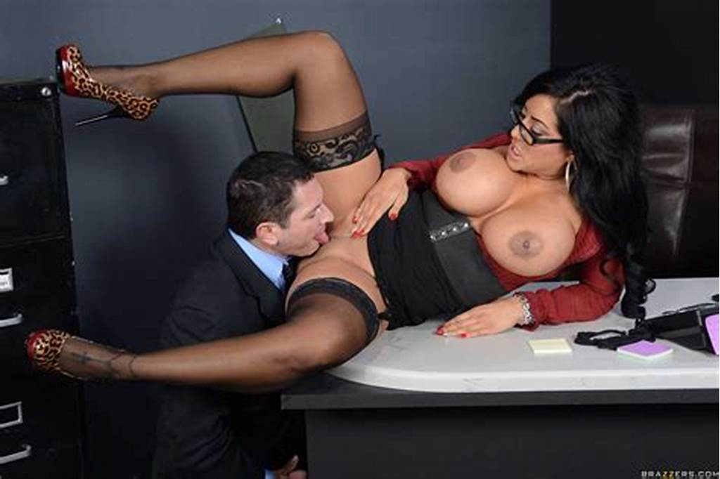 #Kiara #Mia #Gets #Screwed #By #The #Boss #In #Her #Black #Stockings