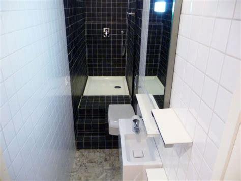 toute cuisine 2m2 une quot vraie quot salle de bains aménagée dans 3m2