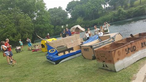 Cardboard Boat Race Fails by Photos Epic Fails And Rickety Cardboard Dinghies In New