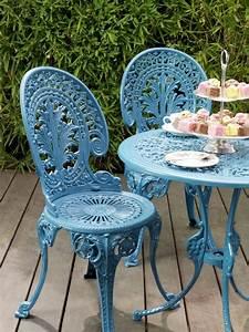 Decoration Jardin Metal : mobilier de jardin en fer forg chaises et table ronde ~ Teatrodelosmanantiales.com Idées de Décoration