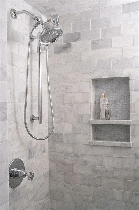 Tile Ideas For Small Bathrooms by Best 25 Small Bathroom Tiles Ideas On City