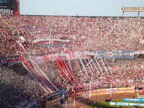 Deutsch in Buenos Aires: River Plate - Der zweite Kultclub ...