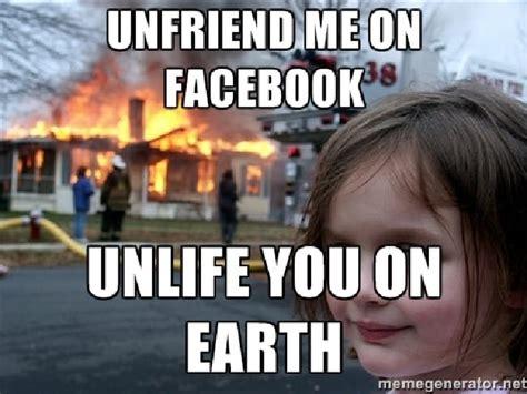 Disaster Girl Meme - house on fire selfie girl i flipped out