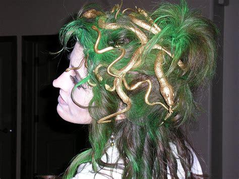 easy creative  scary halloween hairstyles  ideas designs  kids girls girlshue