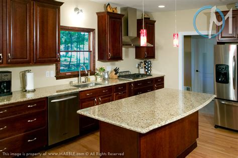 kitchen color ideas with cherry cabinets what color granite goes with cherry cabinets www 9191