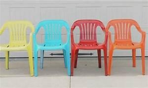 Chaise Jardin Plastique : vous n 39 en pouvez plus de vos vieilles chaises de plastique ne les jetez pas avant d 39 avoir vu ~ Teatrodelosmanantiales.com Idées de Décoration