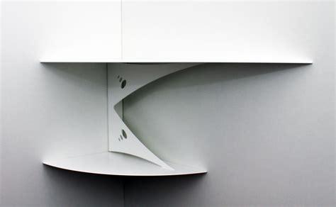 etag 232 re d angle murale blanche design moderne fixation invisible