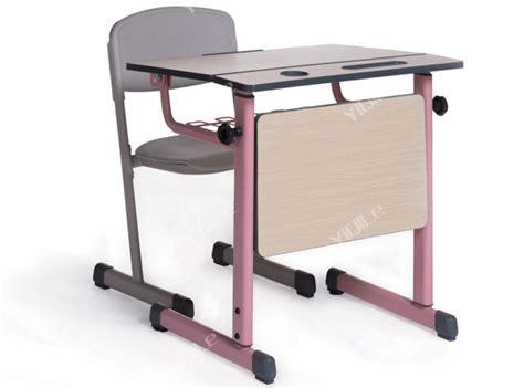 Meubles De Salle De Classe De L'école De Table Et Chaise