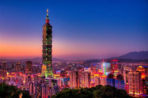 Top 10 Tallest Buildings In The World Hit List