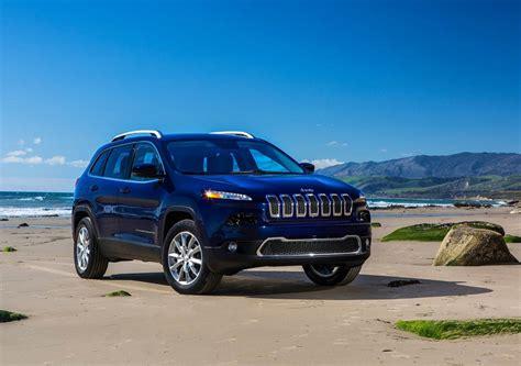 Jeep Chevrolet by Comparison Jeep 2016 Vs Chevrolet Traverse