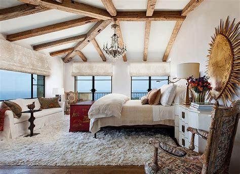 chambre spacieuse villa de luxe de style méditerranéen à malibu vivons maison