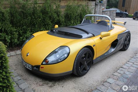 renault sport car renault sport spider cars news videos images websites