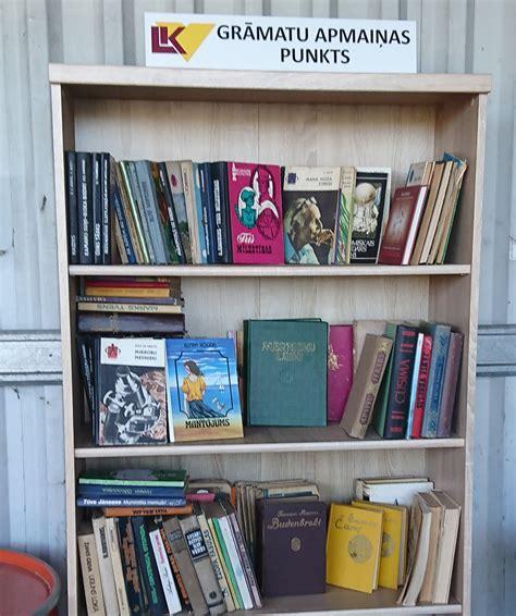 Šķiroto atkritumu savākšanas laukumos iekārtoti Grāmatu ...