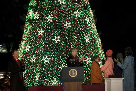 2012 national christmas tree obama lights national