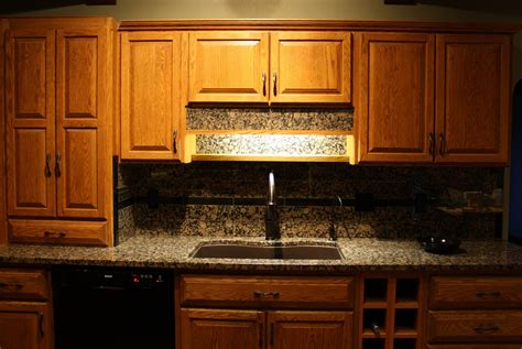 kitchen with backsplash living and dyeing the big sky granite kitchen