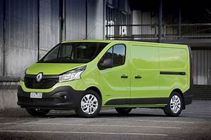 Renaul Trafic : review 2015 renault trafic review and first drive ~ Gottalentnigeria.com Avis de Voitures