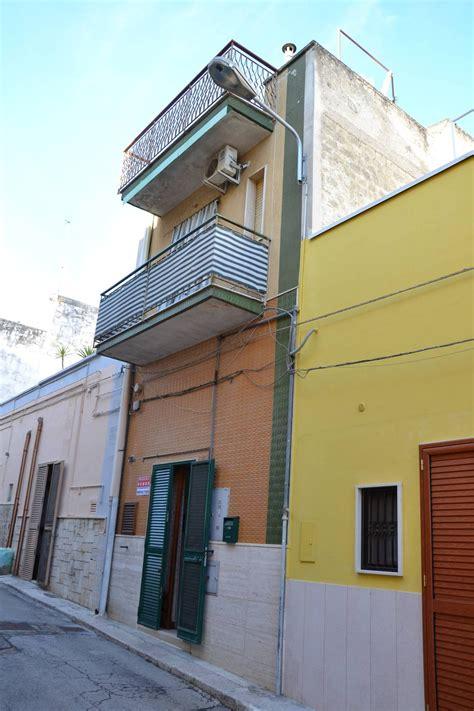 casa in vendita bari casa singola in vendita a canosa di puglia cod r483